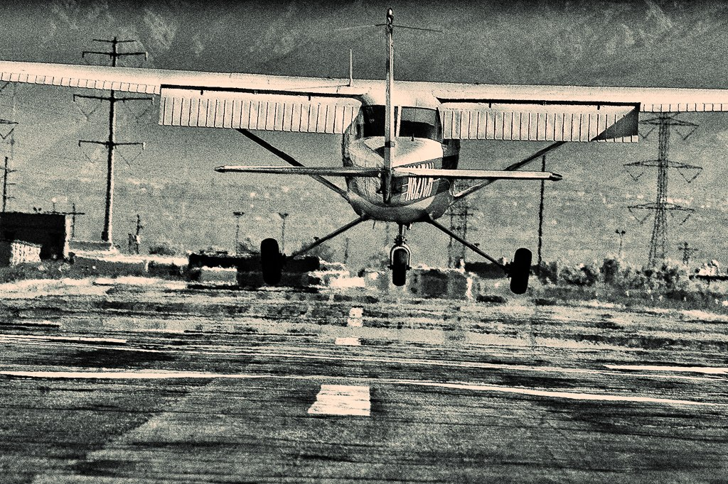 Aircraft of the Week – Cessna 150 (N827CH)