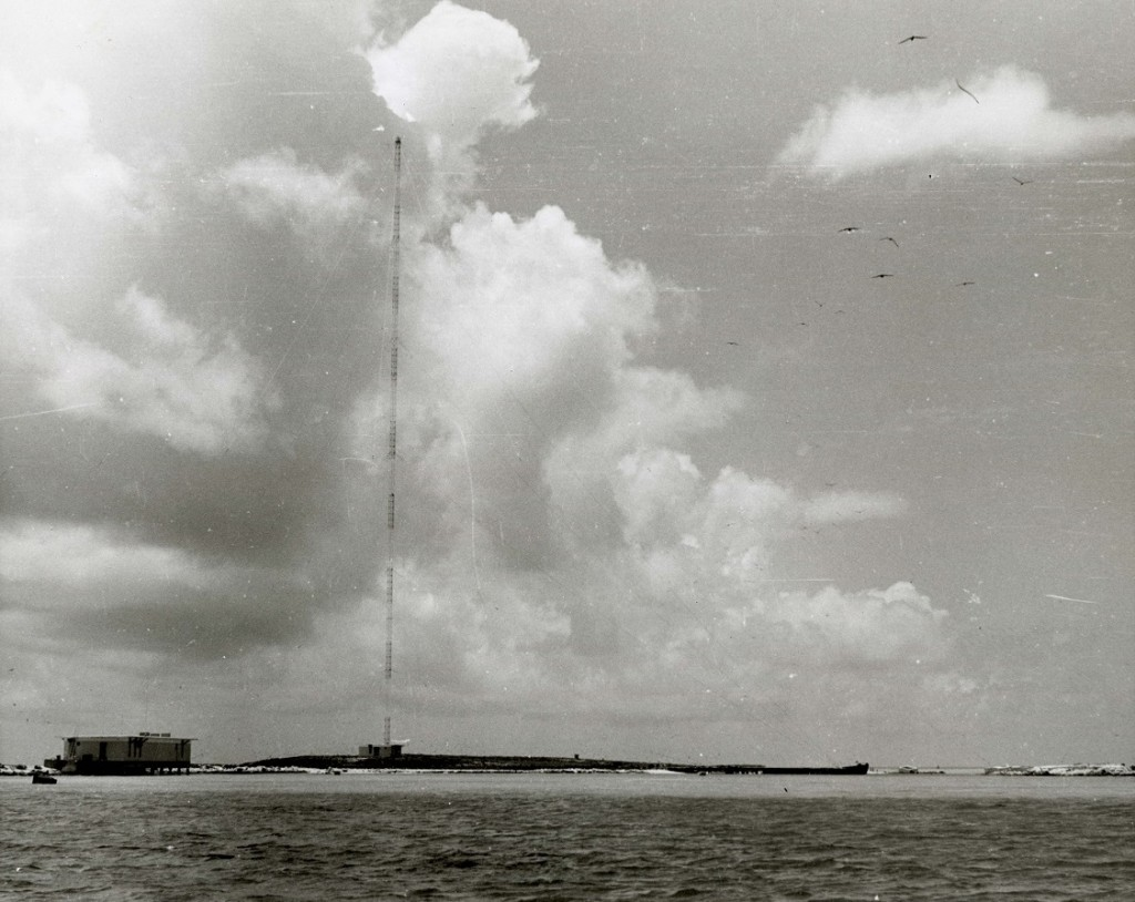 Johnson Atoll, communications tower on Sand Island - Ghost Airports