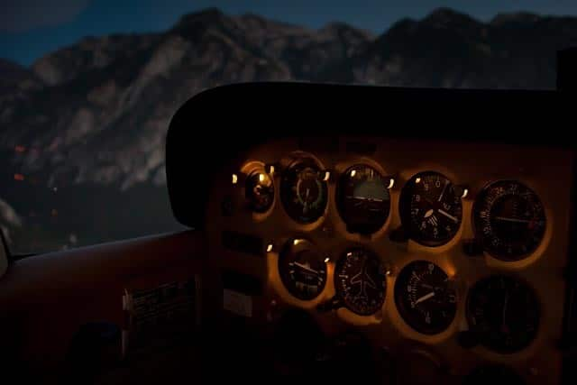 Instrument panel on a Cessna 172 Superhawk - Night Flying