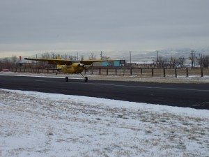 Restored Cessna 180 Skywagon at KBTF - Tailwheel