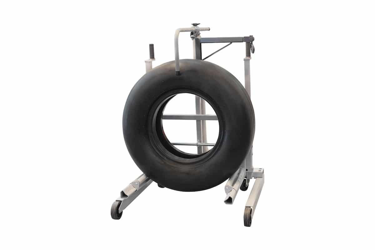 Wheel stand for aircraft wheels - Changing Your Own aircraft Tires