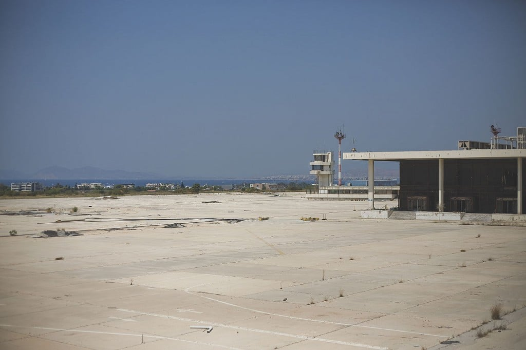 Ellinikon International Airport closed runway - Ghost Airports, abandoned airports