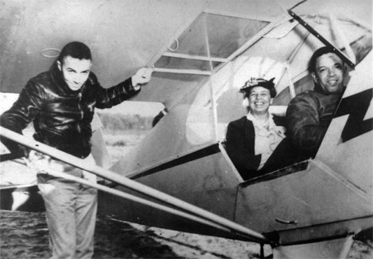 Eleanor Roosevelt in a Piper J-3 Cub - The World's Most Iconic Airplane