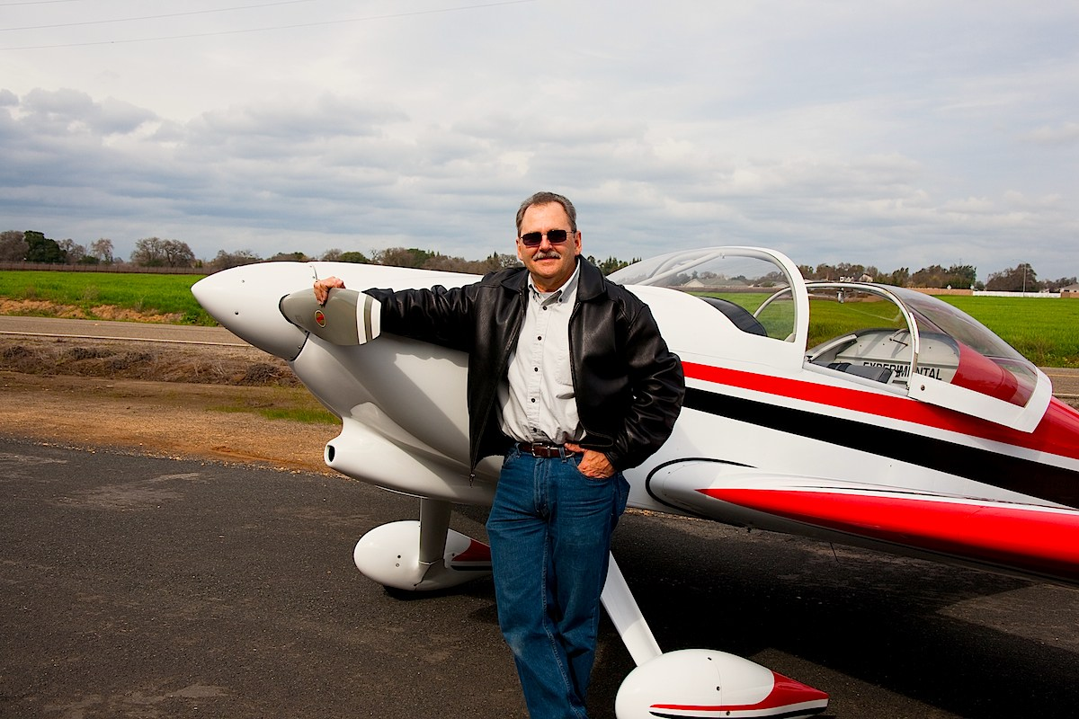 Ken Cantrell with experimental kit airplane RV6 - The Airplane Building Experience