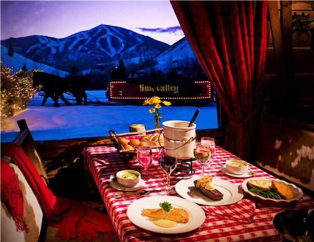 Dining in Sun Valley - Fly to the Perfect Recreation Destination