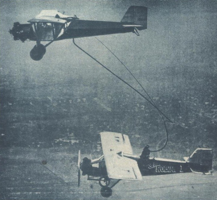 The Early years of aerial refueling - The Flight Endurance World Record