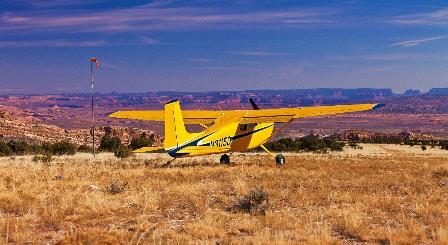 Cessna 180 Skywagon in Southern Utah - Sorrel River Ranch