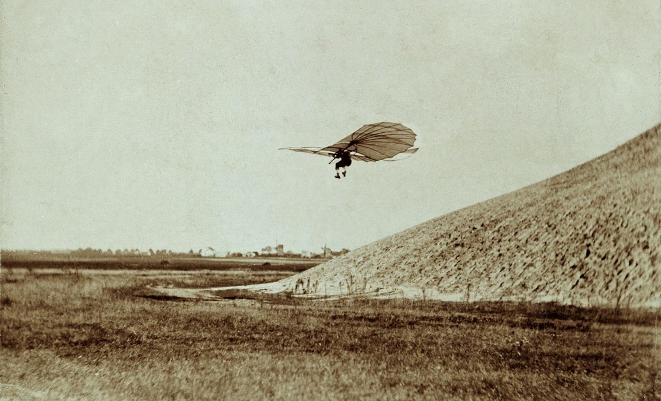 Otto Lilienthal tests his glider - First Flight: the Early Aviators