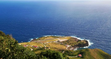 Saba and the Juancho E Yrausquin Airport