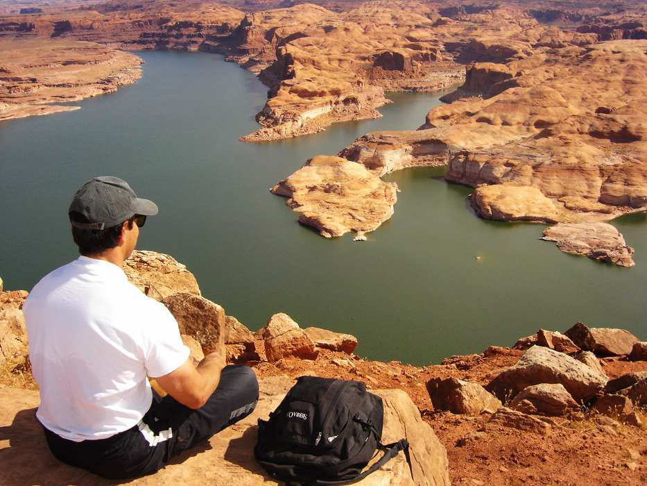 Lunch on top of the tapestry wall at Lake Powell - Page Airport: Gateway to Redrock Adventures
