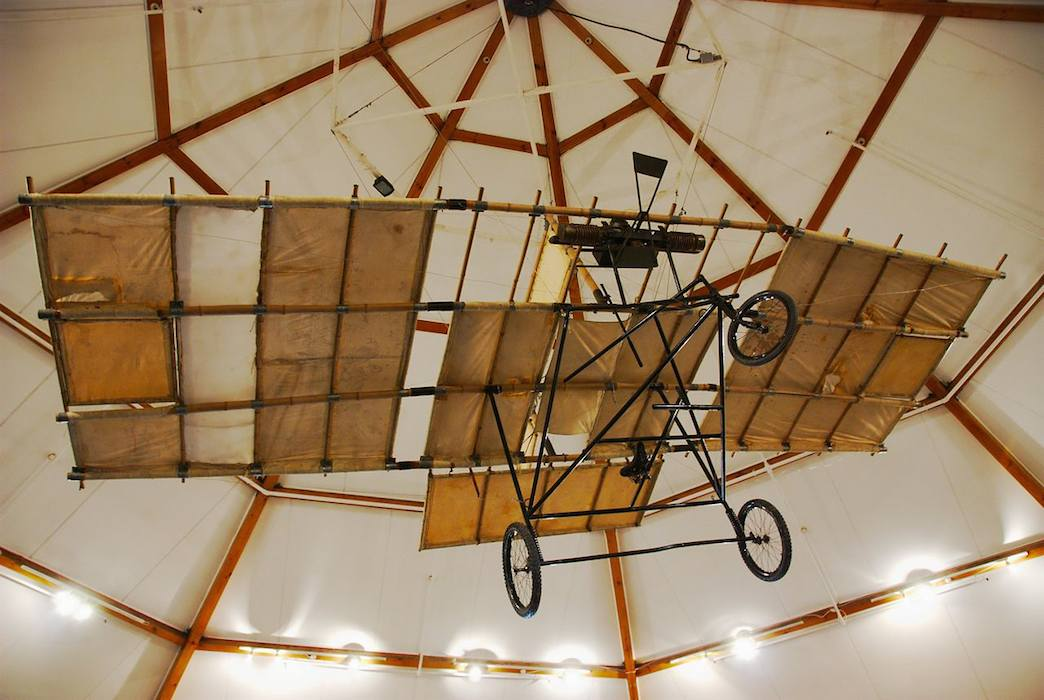 Replica of Richard Pearse's aircraft - First Flight: Gustave Whitehead