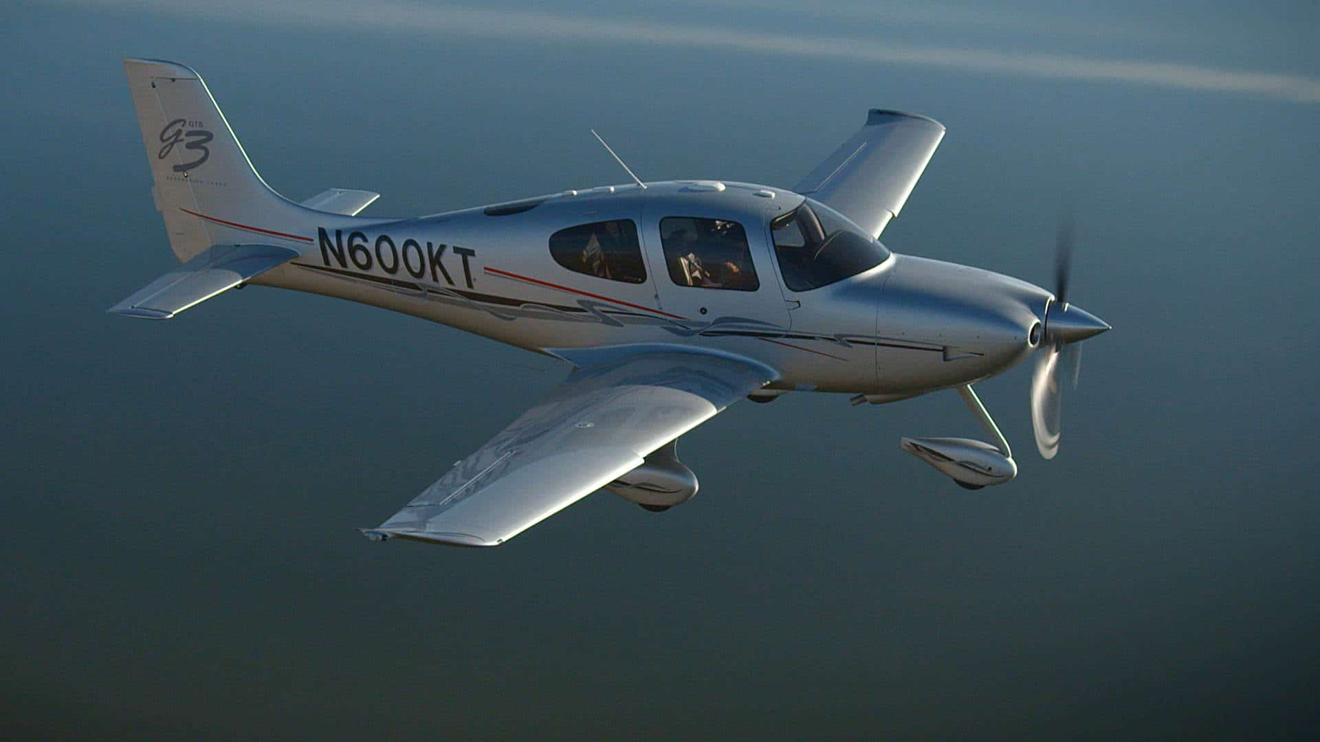 A Cirrus SR22 GTS in flight.