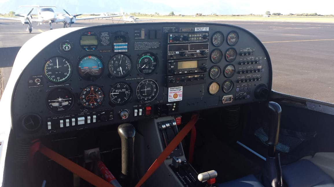 The cockpit of a Diamond DA20 aircraft.