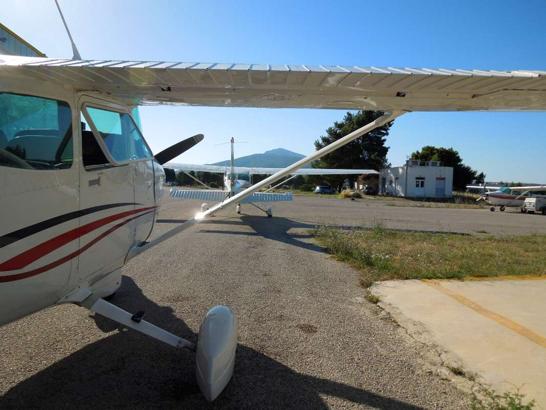 Cessna 172 at Tatoi airport in Greece, preparing for a flight to Volos Airport.