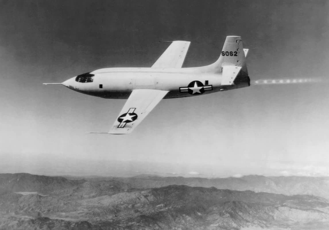 Photo of the X1 in flight with Chuck Yeager, after separating from the B29 Superfortress.