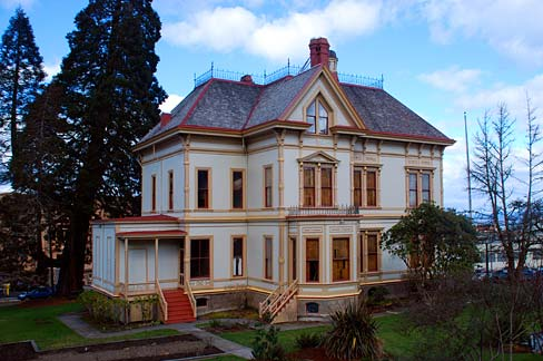 The Flavel House Museum. Photo by: George Halverson, Oregon State Archives.