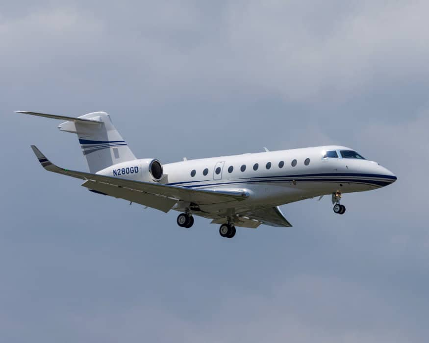 A Gulfstream 280 jet in flight - Why are Fewer People Pursuing a Pilot License