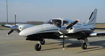 Piper PA-34 Seneca: One of the Last of It's Kind