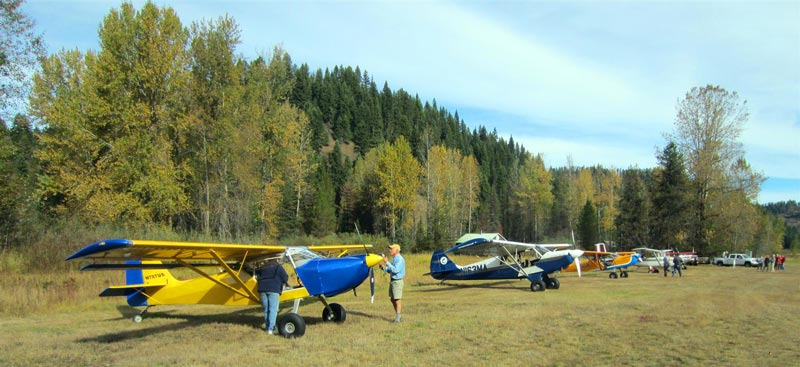 Kitfox airplanes at backcountry airstrip