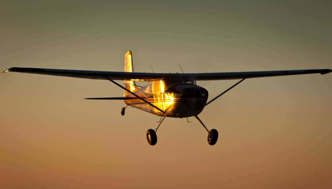 A Cessna Skywagon in flight - Is General Aviation Finally Getting Third Class Medical Reform?