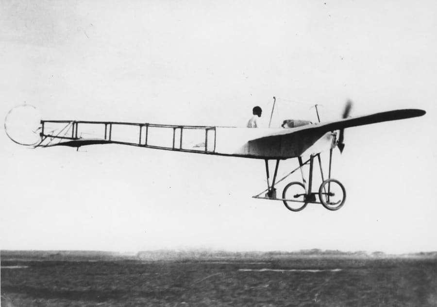 Clyde Cessna flying the Silverwing aircraft