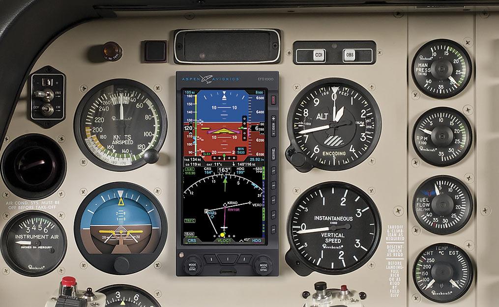 Aspen Reveals Improved Evolution Flight Displays at AirVenture