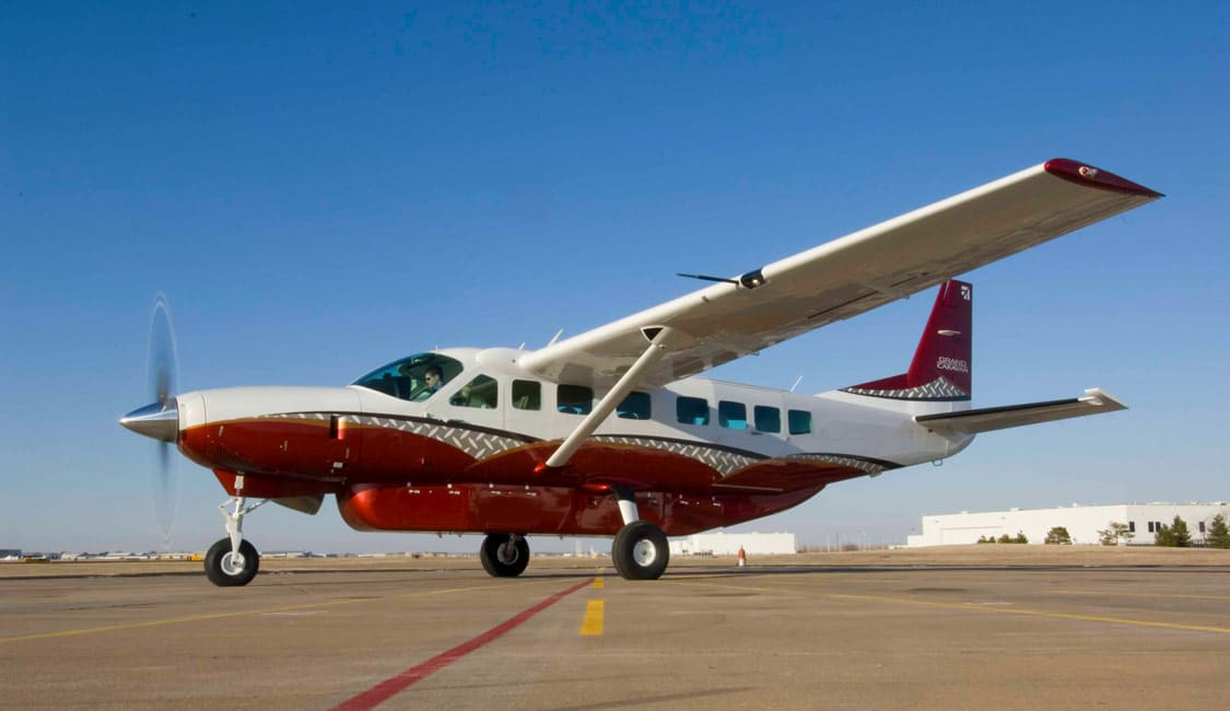 Cessna Caravan on Runway - Textron announces Cessna Caravan production moving to Independence