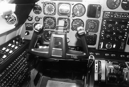 Cessna_Crusader_Instrument_Panel