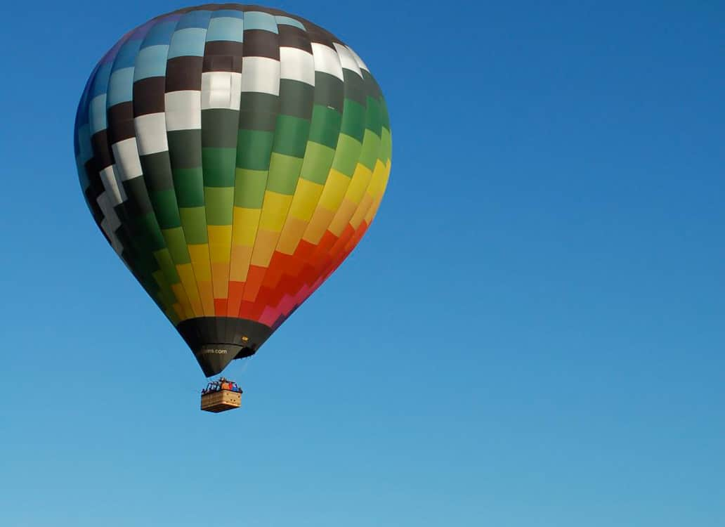Hot air balloon in flight - NTSB Holding an Investigative Hearing for Lockhart, TX Balloon Accident