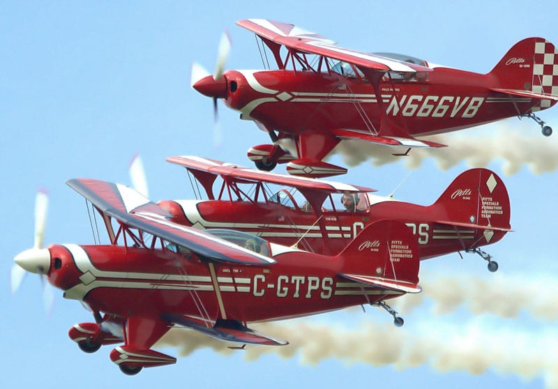 3 generations of Boyd Family performing in Pitts Specials at 2012 Geneseo Air Show