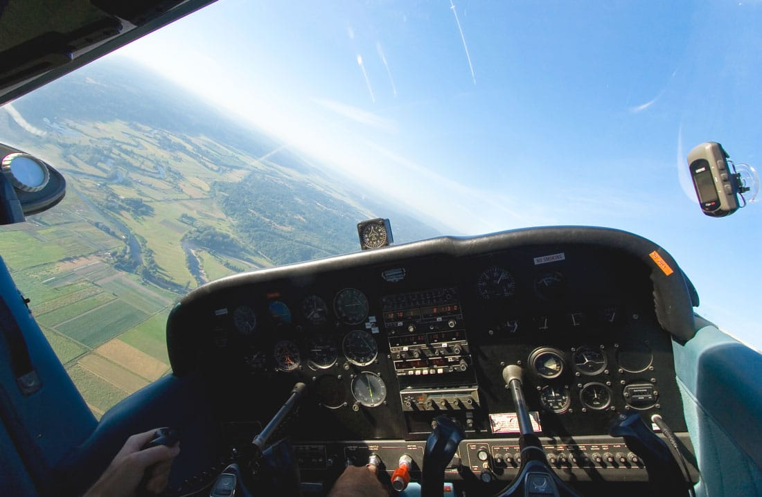 Cessna 172 Cockpit in flight -