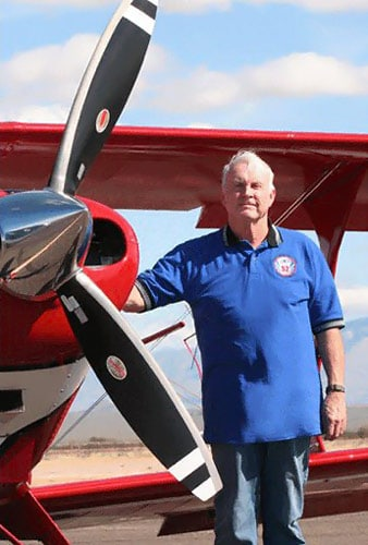 Ron Chadwick with Pitts Special aircraft