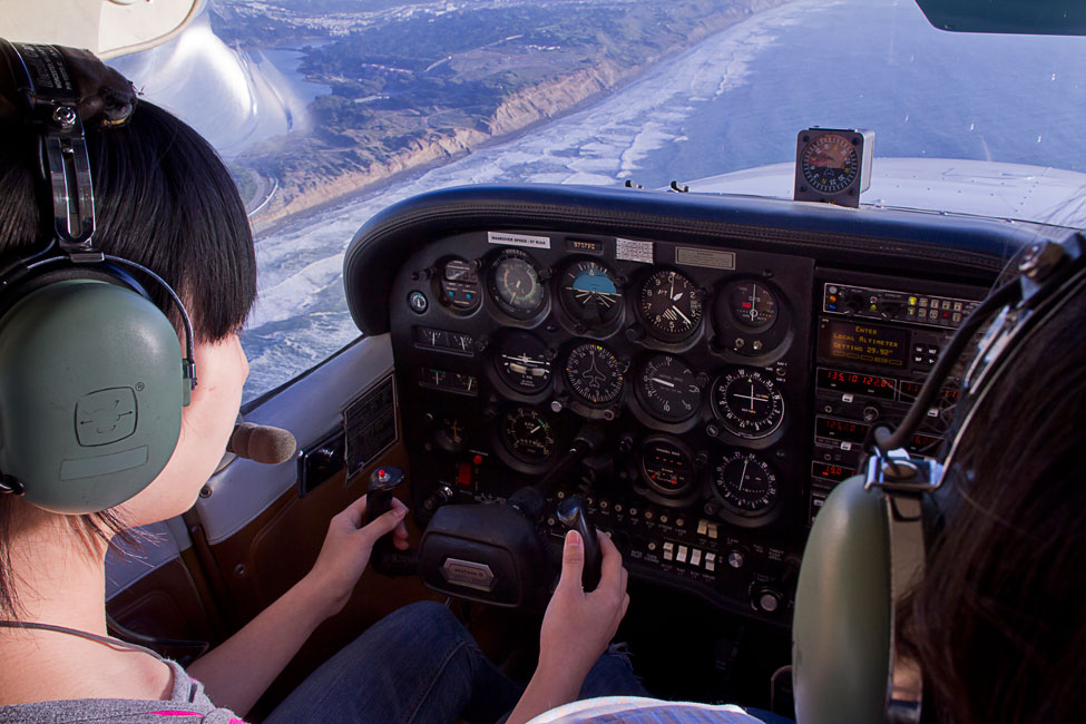Student Pilot and flight instructor in a Cessna 172