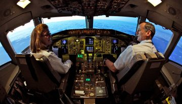 Do Men or Women Make Better Pilots?