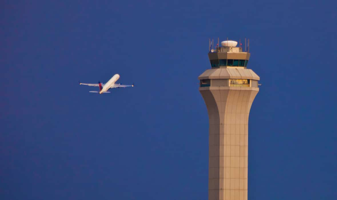 Aircraft departing Salt Lake City International Airport, in Class B airspace