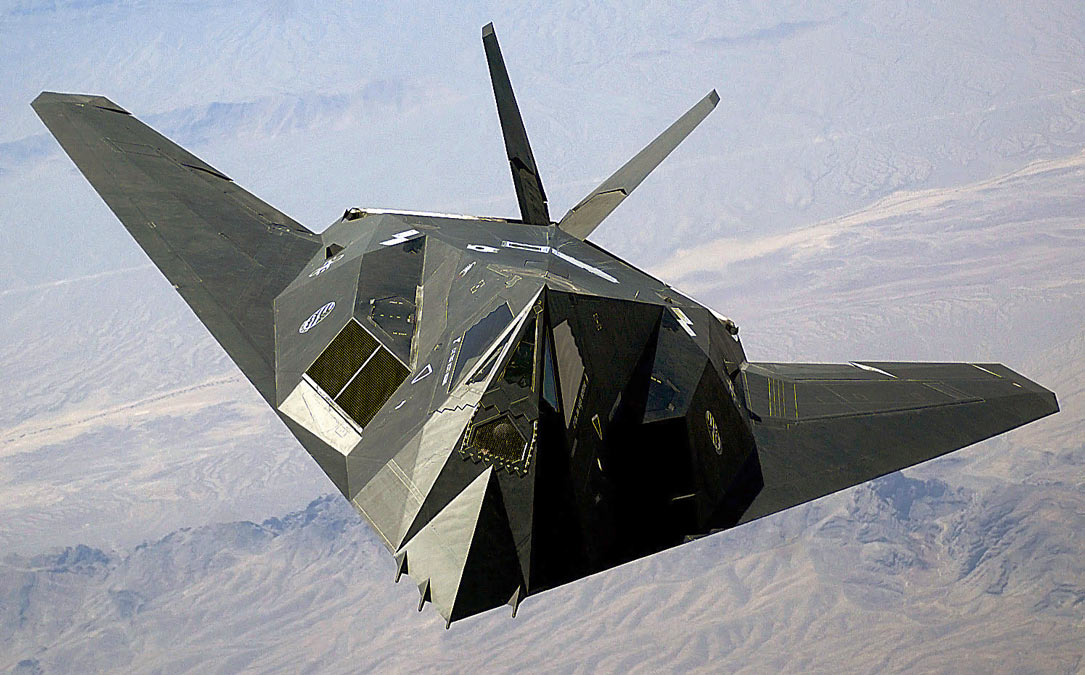 The F-117 Nighthawk - The Founding of Lockheed Skunk Works Secret Superplane Factory