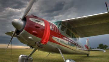Cessna 195 Businessliner: A Slice of 1950's Style