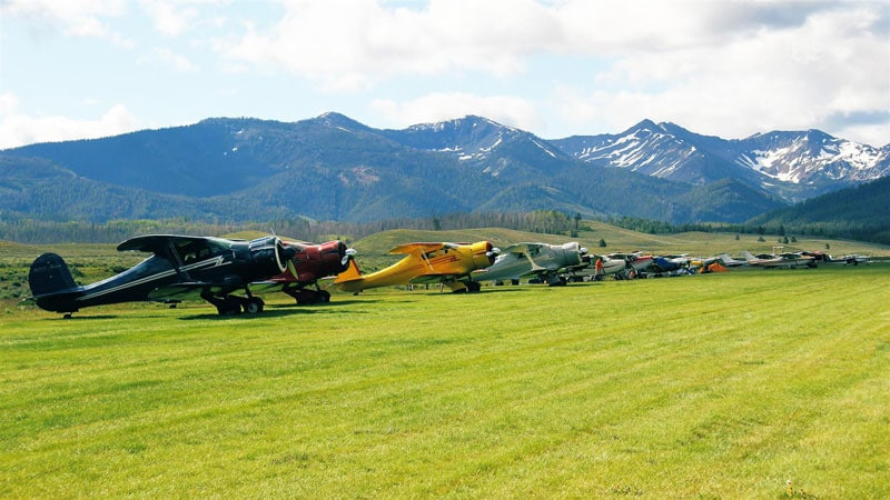 The Round Engine Round Up at Smiley Creek, with multiple Beechcraft Model 17 Staggerwing aircraft