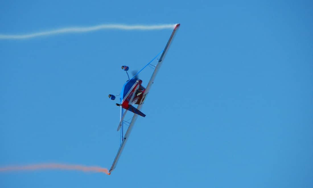 A super Decathlon doing a aerobatic maneuver